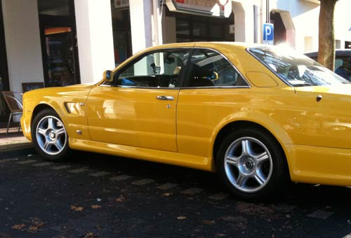091119_YellowBentley.jpg