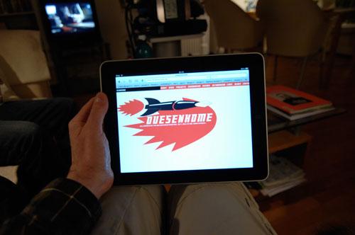 100419_iPad